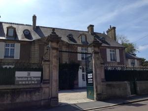 Entrance to Domaine de Bayeux